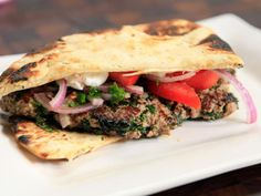 Crispy Curry Cutlet Sandwiches on Naan Bread Recipe : Rachael Ray : Food Network Top Recipes, Dinner Recipes, Cooking Recipes, Healthy Recipes, Healthy Dinners, Healthy Eats, Dinner Ideas, Tapas, Kitchens