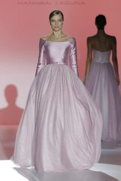 Couture Bridal Collection 2015 - Wedding Dresses by Hannibal Laguna Wedding Dresses 2014, Designer Wedding Dresses, Bridal Dresses, Wedding Gowns, Formal Dresses, Beautiful Gowns, Beautiful Outfits, Fairytale Gown, Long Sleeve Wedding