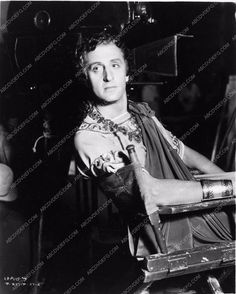 photo candid Basil Rathbone behind the scenes The Last Days of Pompeii 2919-30