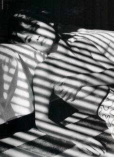 """Toiles de mer"" Nadege duBospertus by Tiziano Magni Vogue Paris, 1990 #Model #NadegeduBospertus #TizianoMagni #VogueParis #Vogue #Photo"