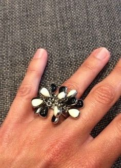 À vendre sur #vintedfrance ! http://www.vinted.fr/accessoires/bagues/30681766-bague-swatch-modele-love-explosion