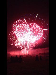 Red fireworks 👌