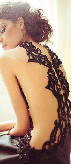 Black Lace ♥ ♔ Fashion and Designer Style Fashion Mode, Dress Fashion, Style Fashion, Sensual, Dress Me Up, Dream Dress, Beautiful Dresses, Fashion Photography, Glamour