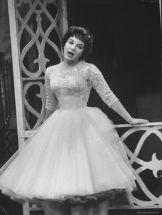 Connie Francis Beautiful Gowns, Beautiful People, Connie Francis, American Bandstand, Much Music, Country Blue, Country Music Stars, Country Artists, Gospel Music