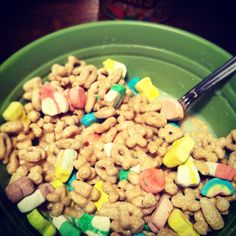 Day 8:: I'm thankful for big, late night bowls of cereal. Yum :)