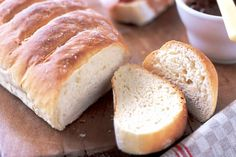 There is nothing like the taste of homemade bread. Try this classic sourdough recipe and serve fresh from the oven! Sourdough Recipes, Bread Recipes, Sourdough Bread, Quick Pasta Sauce, Bread Mix, Homemade Muesli, Recipe Sites, White Bread, Bread Rolls