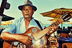 Street Performer, Guitar Player | Iracema Beach | Fortaleza CE |2012.