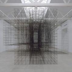 Antony Gormley occupies French gallery with monumental metal sculptures - Dezeen Antony Gormley, Sculpture Art, Metal Sculptures, Abstract Sculpture, Bronze Sculpture, Elements Of Design, Design Furniture, Environmental Art, Land Art