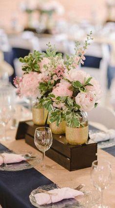 luxury pink and gliter wedding centerpiece idea