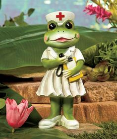 Incorporate an adorable accent into your garden or add to your amphibian collection with this Occupational Frog Statue. Each frog wears an outfit matching its profession. Funny Frogs, Cute Frogs, Frosch Illustration, Frog Quotes, Animals And Pets, Cute Animals, Frog Statues, Frog Pictures, Frog Crafts