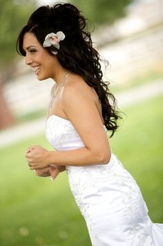 Wedding, Flowers, Hair, Down, Wavy, Lavish salon day spa - Project Wedding