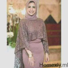Beautiful girl with a cute dress and a gergous smile - Hijab+ Hijab Evening Dress, Hijab Dress Party, Modern Hijab Fashion, Muslim Fashion, Hijabi Gowns, Dress Brukat, Abaya Mode, Hijab Fashionista, Latest African Fashion Dresses