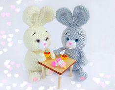 Mesmerizing Crochet an Amigurumi Rabbit Ideas. Lovely Crochet an Amigurumi Rabbit Ideas. Crochet Bird Patterns, Crochet Bunny Pattern, Crochet Rabbit, Crochet Birds, Easter Crochet, Crochet Animals, Crochet Baby, Crochet Penguin, Cat Crochet