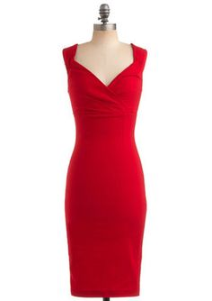 This dress is a perfect choice for an hourglass body type shape.  It shows off all the curves and is longer to continue the straight look making the person seem thin througout the whole body.