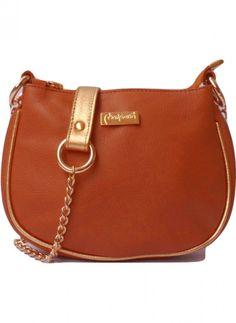 Bandolera de cuero argentino con detalles en dorado. Disponible en http://veski.cl  Argentine Leather handbag.
