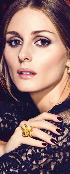 Olivia Palermo wearing #rings in yellow gold, amethyst and #diamonds. http://jangmijewelry.com/