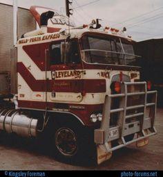 Vintage Trucks, Old Trucks, Road Train, Cab Over, Kenworth Trucks, Rigs, Cleveland, New Zealand, Old School