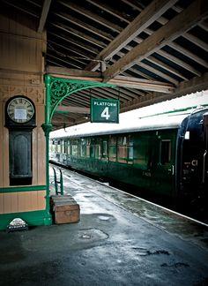 The Bluebell Railway in Sussex Trains, Simplon Orient Express, Train Platform, Bonde, Train Art, Train Journey, Train Tracks, British History, Vintage Travel