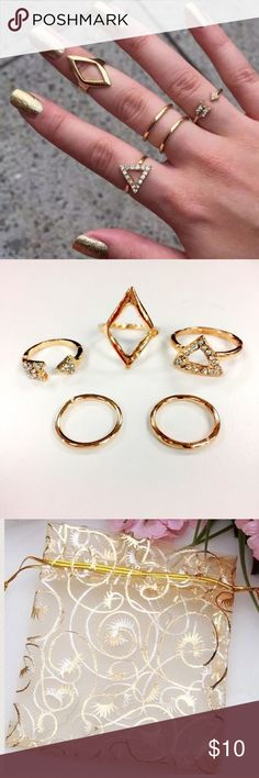 🆕5 pcs midi ring set - gold Brand new. Please ❌trade and ❌offers. Price is firm unless bundled. Comes in a beautiful golden pouch. Elegant Jewelry Jewelry Rings