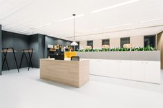 Interior Renovation , Tower C WTC The Hague - Picture gallery