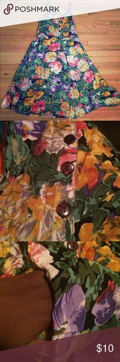 A floral dress A long floral dress with pockets ! Dresses Maxi
