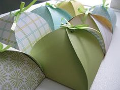 Petal Pocket pdf  How to make these cute little boxes - for that hard to wrap gift.