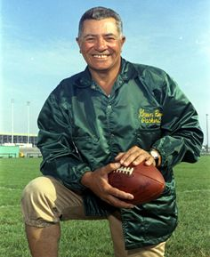 Green Bay Packers coach Vince Lombardi at picture day on the team's practice field in Press-Gazette archives Packers Gear, Packers Baby, Go Packers, Packers Football, Football Players, Greenbay Packers, Green Bay Football, Green Bay Packers Fans, Nfl Green Bay