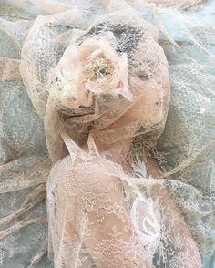 sleeping in ethereal lace | Fine art wedding photographer Elizabeth Messina