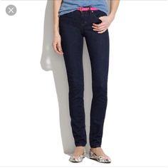 "Madewell dark Skinny Skinny Jeans sz 24 Gorgeous! EUC. 14"" waist measured flat. 8"" rise. 32"" inseam. Madewell Jeans Skinny"