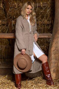 Cardigan dama alpaca elegant cu gluga lungime medie si cordon! #cardigandama #cardiganalpaca Cardigan Outfits, Saddle Bags, Chloe, Elegant, Style, Products, Fashion, Tricot, Classy