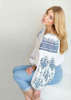 ♥ , Ukraine , from Iryna Folk Embroidery, Learn Embroidery, Embroidery Fashion, Vintage Embroidery, Embroidery Dress, Embroidery Patterns, Embroidered Clothes, Embroidered Blouse, Folk Fashion