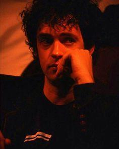 Ya está, mi corazón terminó de romperse... #GustavoCerati  @Regrann from @distante.placer -  Te vi que llorabas...te vi que llorabas .. #Cerati 💔 #Regrann