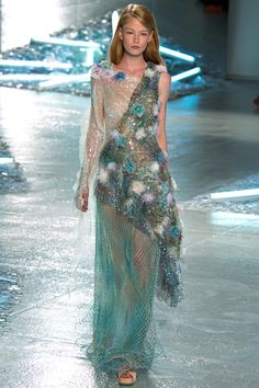 See the Rodarte Spring 2015 collection on Vogue.com.