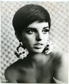A young Liza Minelli