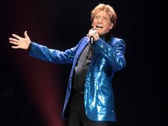 Barry Manilow....Oh yes, I'm a Fanilow!!!!