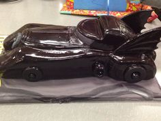 1989 Batmobile cake