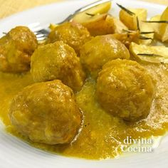 You searched for albondigas - Divina Cocina Light Cheesecake, Pretzel Bites, Tapas, Sushi, Food And Drink, Pizza, Bread, Chicken, Vegetables