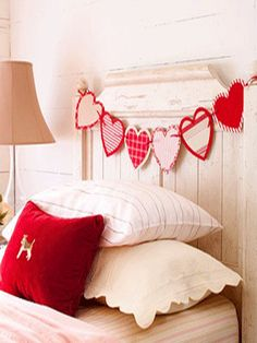 need to make for my headboard...not hearts, maybe anchors or pendants with a cute word.