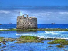 """Visita el castillo de """"San Cristobal Sabor a Mar"""" pueblo Canario famoso por su variopinta y atractiva oferta gastronómica - Foto de Juan Ramon Rodriguez"""