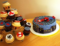 Spiderman cake. Too cute!