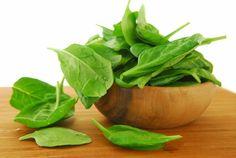 Rápido, económico y muy sano: budín de espinacas