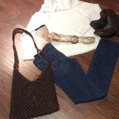 """Aeropostale Bayla skinny jeans Great pair of gently used jeans in short length. Inseam 28.5"""" Aeropostale Jeans Skinny"""
