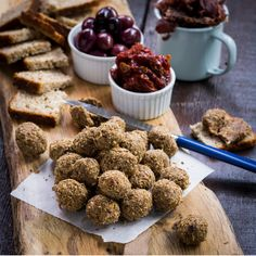 A delicious traditional South African selection of easy to put together nibbles to enjoy with drinks. Dog Food Recipes, Cooking Recipes, Biltong, Fire Cooking, Salty Snacks, Food Festival, Diy Food, Food Inspiration, Food And Drink