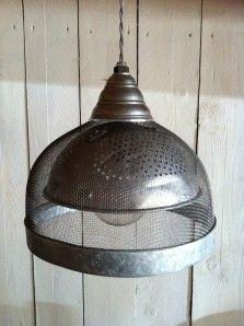 suspension, luminaire, détournement d'objet, atelier bois Luminaire Original, Design Thinking, Decoration, Ceiling Lights, Sculpture, Lighting, Coastal, Home Decor, Kitchen