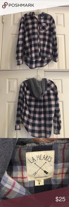 Pacsun Hooded Flannel Light weight hooded flannel, worn once PacSun Tops Sweatshirts & Hoodies