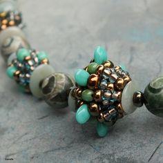 """Melon"" beaded beads - Green Agate Diy Jewelry, Beaded Jewelry, Jewelery, Beaded Bracelets, Necklaces, Jewelry Making Tutorials, Jewellery Making, Green Agate, Bead Art"
