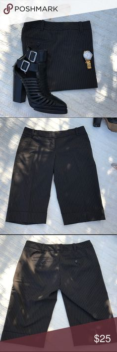 Hot trend! The Limited bermuda shorts Bermuda Season's hottest trend! The Limited drew fit, pinstriped bermuda shorts in really good condition. The Limited Shorts Bermudas