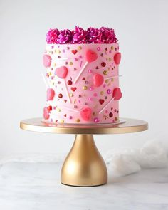 Pretty Cakes, Cute Cakes, Beautiful Cakes, Amazing Cakes, Valentine Desserts, Valentines Day Cakes, Lollipop Cake, Cupcake Cakes, Holiday Cakes