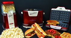 Ariete Party Time Pop Corn Maker 2952, Waffle Maker 187 and Hot Dog 186. Review by Revyou.gr