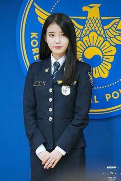 Korean Actresses, Korean Actors, Korean Beauty, Asian Beauty, The Rok, Girls Uniforms, Female Soldier, Military Women, Iu Fashion
